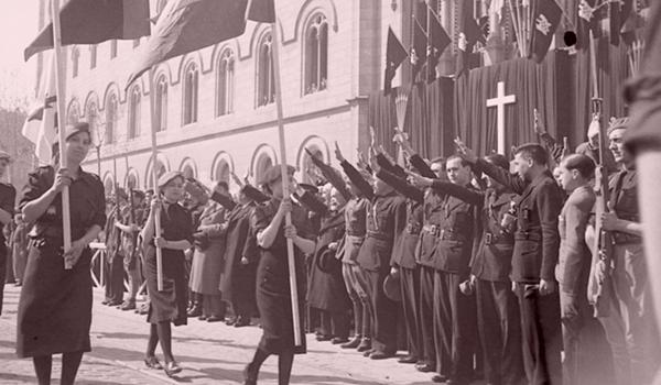 Desfile de falange Española